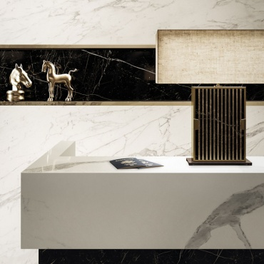 reception-desk-in-gres-porcellanato-effetto-marmo